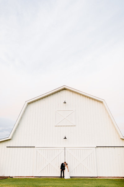 Alexa-Vossler-Photo_Dallas-Wedding-Photographer_North-Texas-Wedding-Photographer_Stephanie-Chase-Wedding-at-Morgan-Creek-Barn-Aubrey-Texas_147
