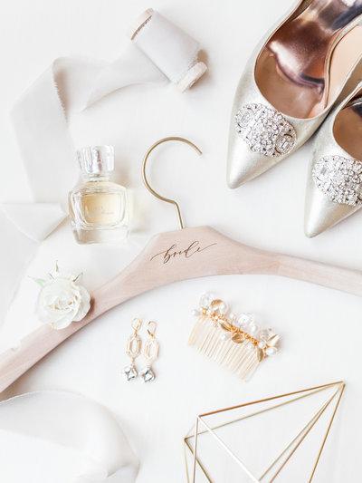 bridal-wedding-details-shot