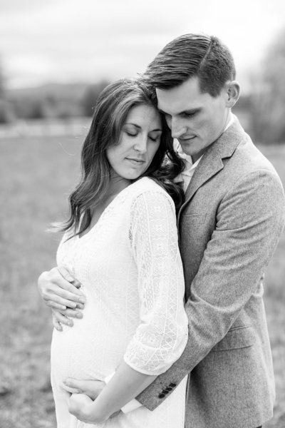 Nick + Jenn | Emily Moller Photography | Maternity Lifestyle | Finals (16 of 22)