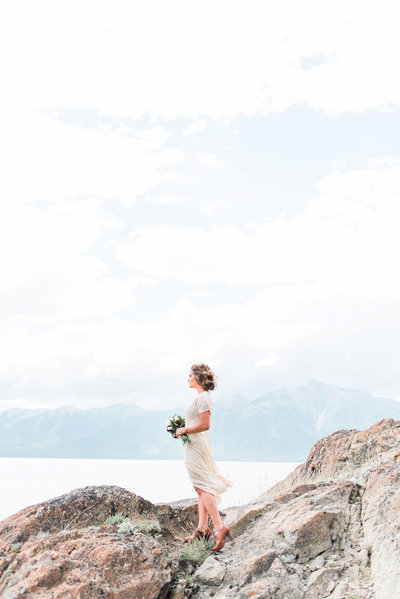 gray-door-photogray-vintage-alaska-bridal-portraits91