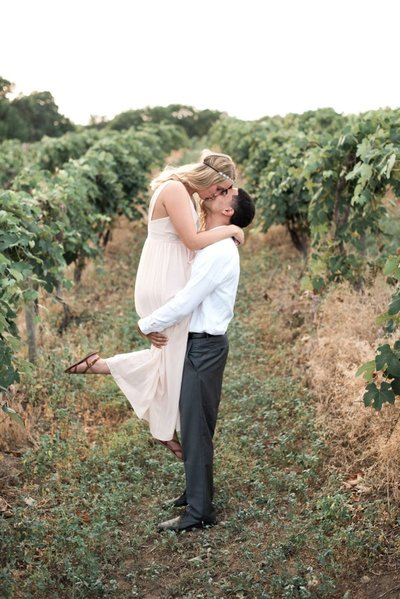 WNY Vineyard Weddings and Engagements by HS Neckers Photography