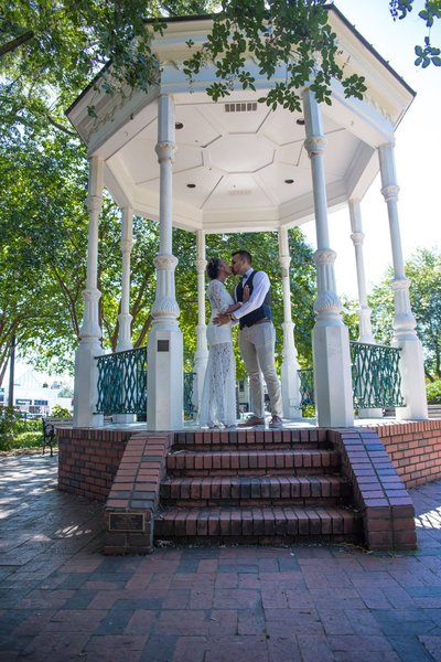 marietta-square-wedding-pictures-18