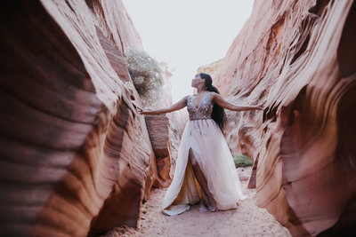 9.27.19 LR model DiAnne Horseshoe Bend Antelope Canyon Page Arizona Photography by Terri Attridge-245