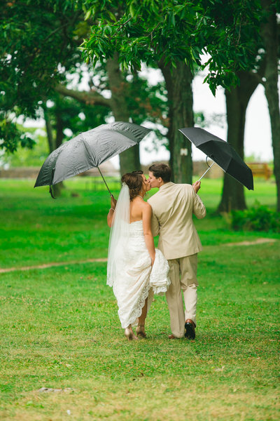 Brice & Kelsey's Wedding Photos at High Cliff State Park by Amenson Studio-0149