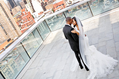AmyAnaiz__Intimate_Elopement_Wedding_Ink48_Rooftop_Mantattan_New_York010