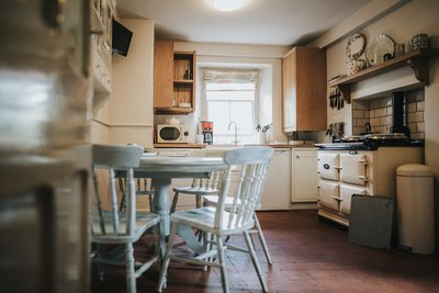 Baldry's Cottage - The Kitchen (2)