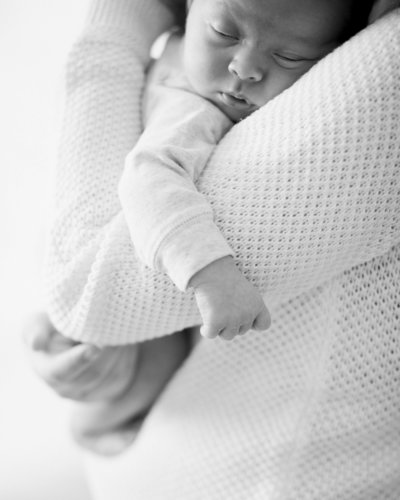 0155_St_Louis_newborn_lifestyle_Amanda_Forbes_Photographer-
