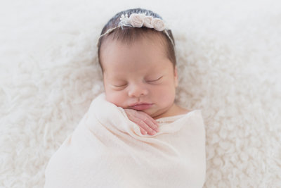 Natural and Organic Newborn Photo | San Jose Bay Area