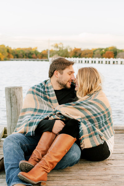 Alexa-Vossler-Photo_Dallas-Engagement-Photographer_Engagment-Session-at-White-Rock-Lake_Jessica-Ben-41