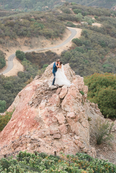 Malibu Rocky Oaks Wedding Fine Art Photographer _ Hello Blue Photo -4
