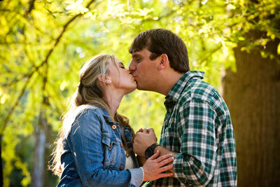 Adorable couple kiss at Berry College after engagement