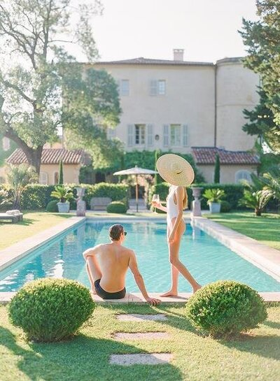 Château d'Estoublon, in the heart of Provence, is the ideal venue for your destination wedding in Provence.