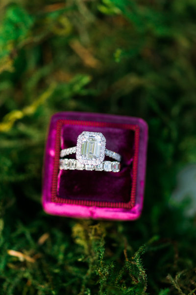 Long'sJewelersWeddingBandsandEngagementRings-339