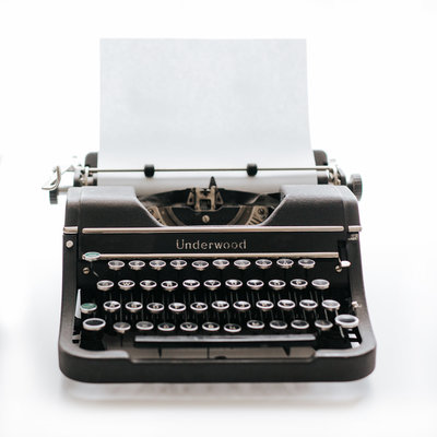 Vintage typewriter to contact Karissa Van Tassel Photography in New Haven, CT