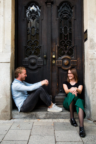 munich engagement session munich wedding photographer emma lee photography