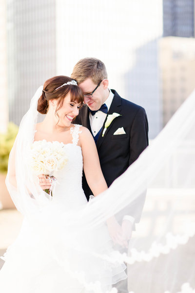 downtown pittsburgh wedding photos alison mish photography