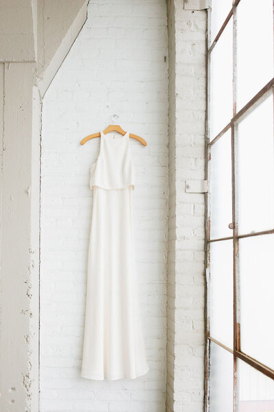 simple, modern wedding dress at Lake Erie Building in Cleveland Oh