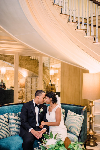 A black and white wedding at the Royal Sonesta Harbor Court Baltimore Wedding