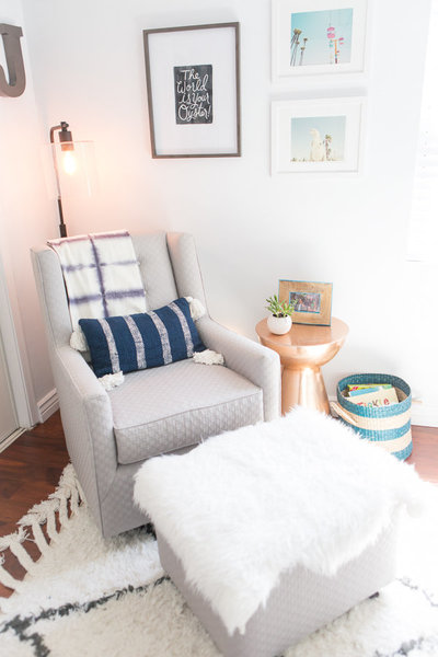 ROCKING CHAIR Modern Baby Nursery  |  Round Lens PhotographyJuly1