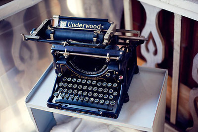 Photo of antique Underwood typewriter.