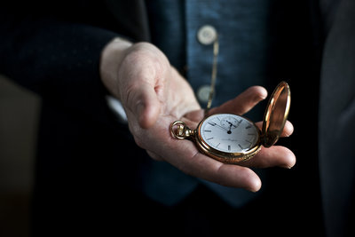 Groom holding a gold pocket watch, Washington Dc Wedding Photography by Erin Tetterton Photography