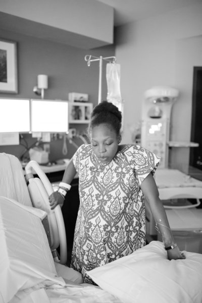 Firsttime mom breathes through contractions at northside atlanta