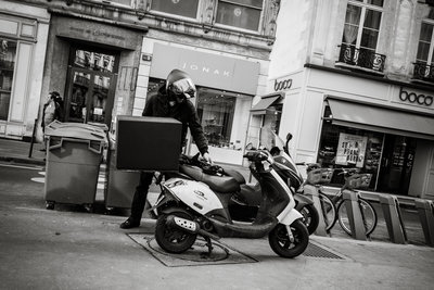Streets of Paris BW 104