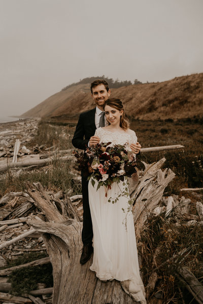 Burgundy Bridal Bouquet PNW Elopement Planner