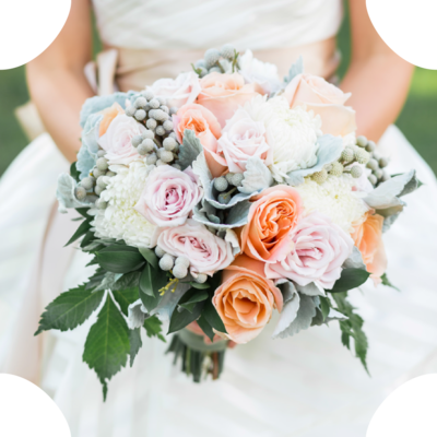 Romantic bridal bouquet with an organic style by Blue Moon Florist