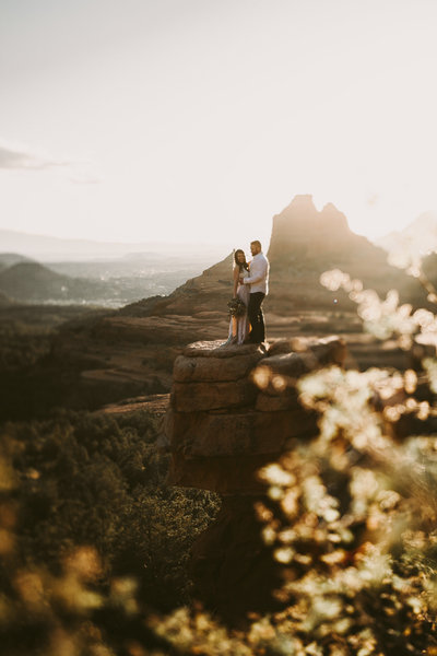 elopement at bell rock by sedona wedding photographer-42