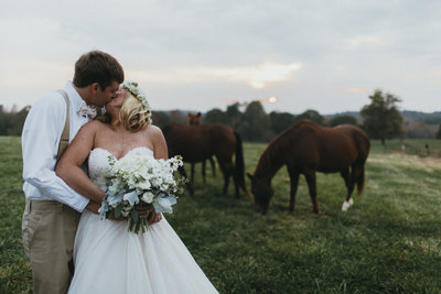 Greenville Wedding Photographer, Simply Violet Photography