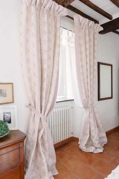 Curtains made from Peony & Sage fabric 'Georgian Rose' in B&B Casa Capanni in Tuscany.