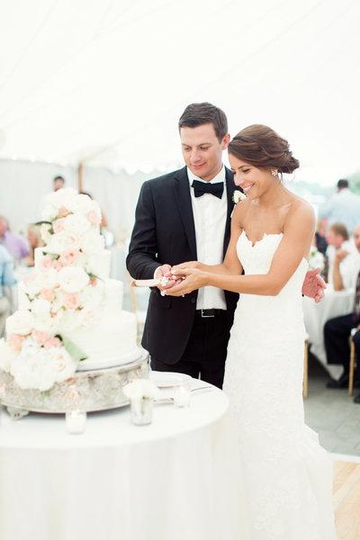Becca-Cory-New-Hampshire-Wedding-RachelRedPhotography-789