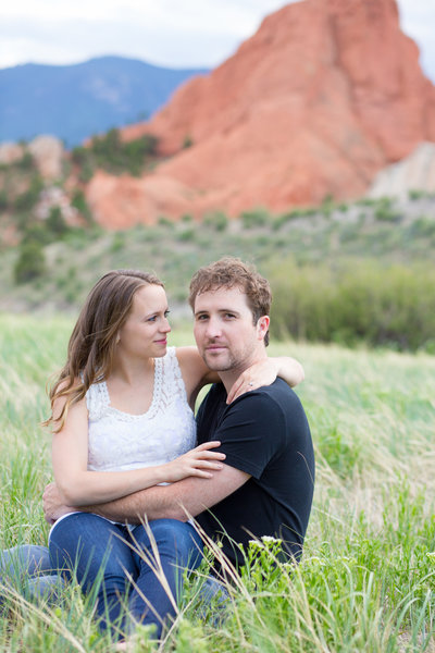 romantic garden of the gods engagement photography colorado