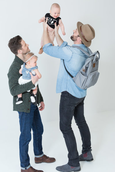 Dads deserve a good looking diaper bag backpack too. The Traveler has it all!