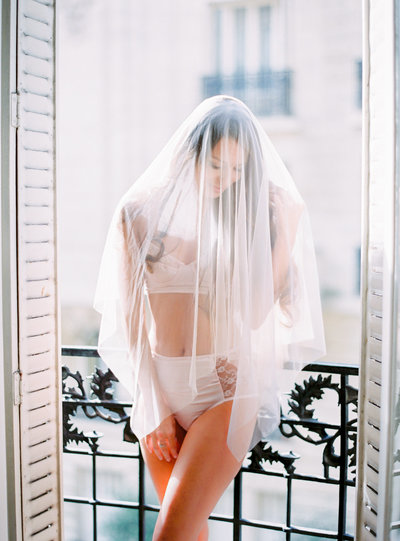 wedding_Le-Secret-d-Audrey-Paris-film-Photographer-Wedding-Elopement-1(80)