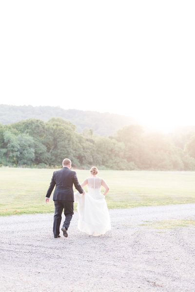 whitehall-manor-wedding-golden-hour