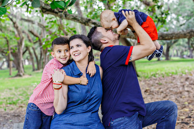 AmyAnaiz_Matheson_Hammocks_Park_Miami_Florida_Family_Session_032