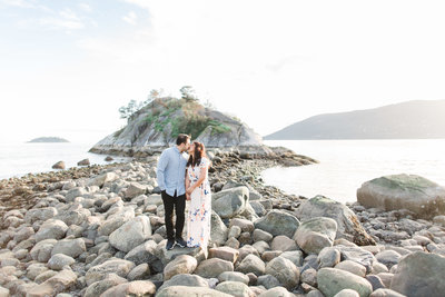 whytecliff-park-engagement-vancouver-blush-sky-photography-20