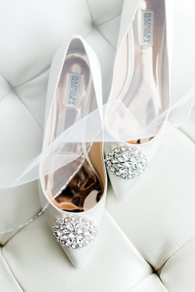white-wedding-shoes-and-viel