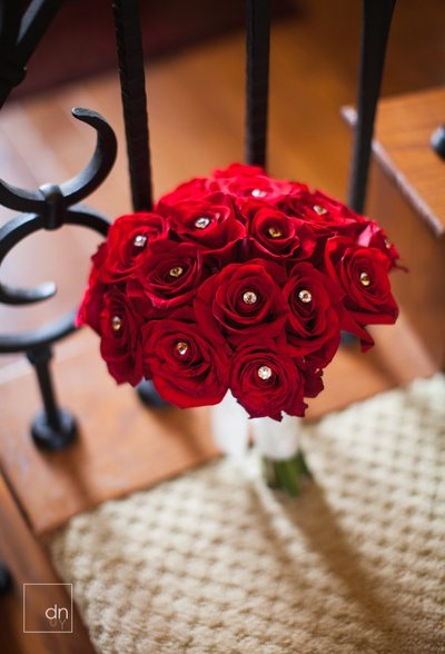 Full Red Rose Bouquet