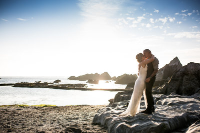 tunnels beaches wedding photography summer evening light on the beach in ilfracombe