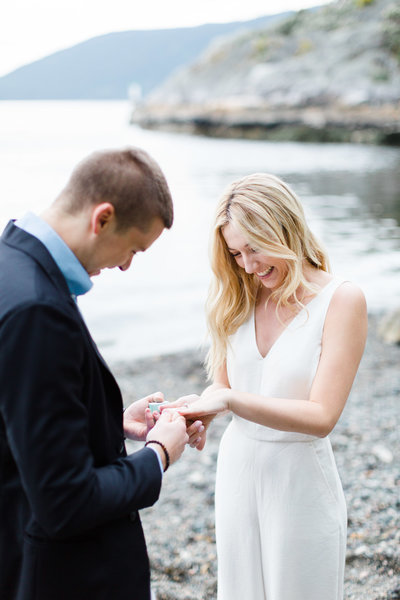 Blush-Sky-Photography-Vancouver-Oceanfront-Proposal
