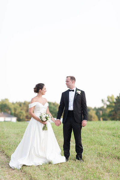 AureliaStudios-KarenBilly-AlbertaWedding-8511_websize