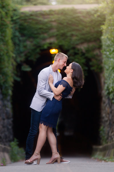 alexandria-engagement-photographer-wilkes-tunnel