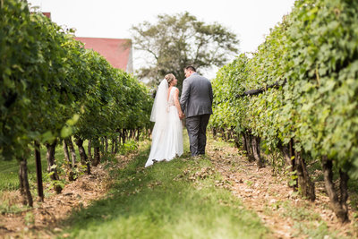 Jonathan-Edwards-Winery-Wedding-AmyRex-10