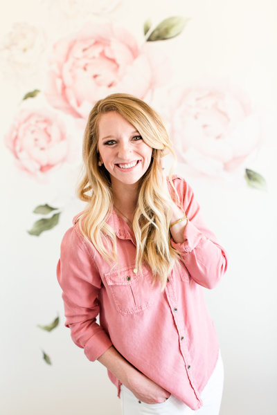 va-headshots-pink-office-bethanne-arthur-photography-photos-57
