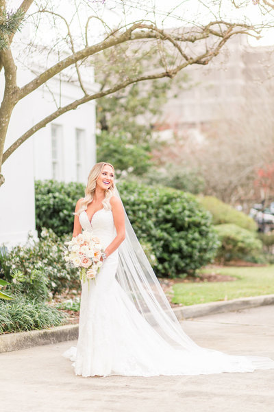 old_governors_mansion_baton_rouge_bridal_session