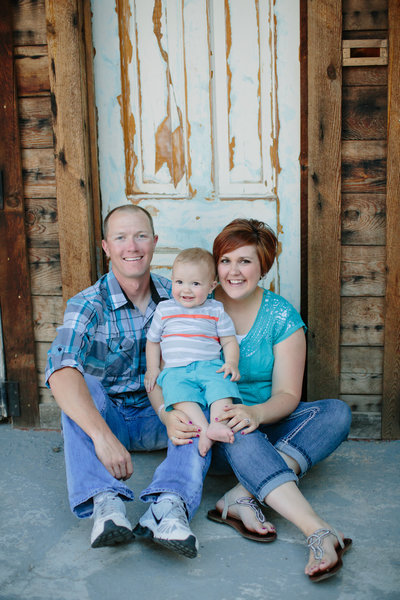 Family Pictures Rexburg Idaho with toddler