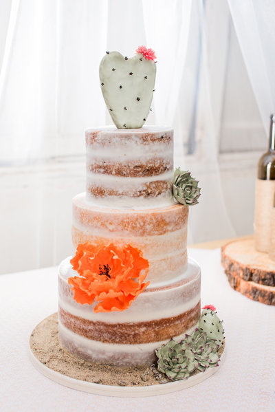 Wedding Naked Cake with cactus
